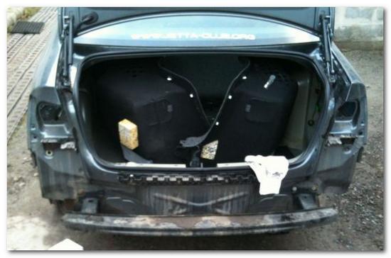 демонтаж заднего бампера VW Jetta