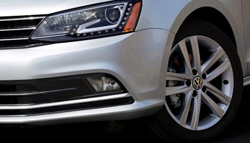 Головная оптика Volkswagen Jetta 2015